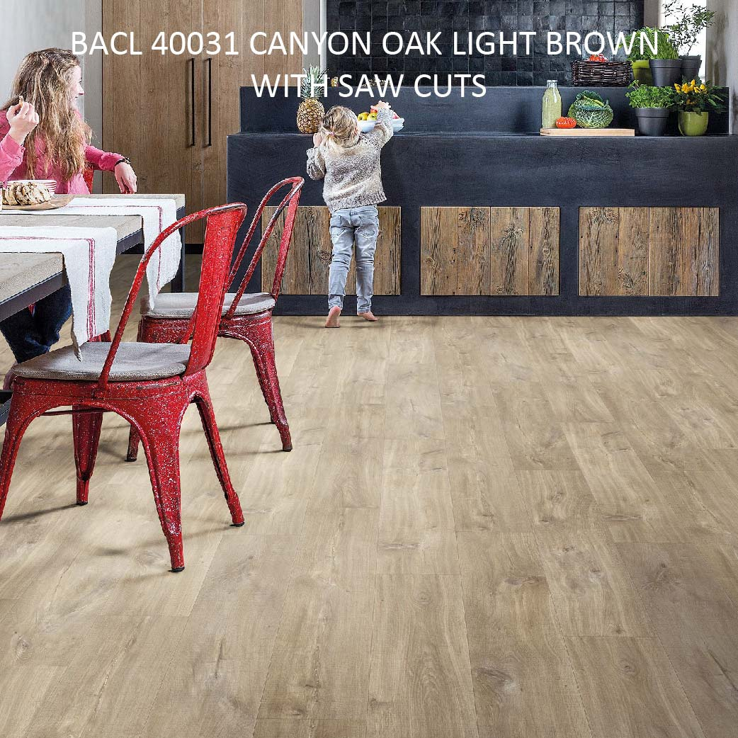 BACL 40031 CANYON OAK LIGHT BROWN WITH SAW CUTS