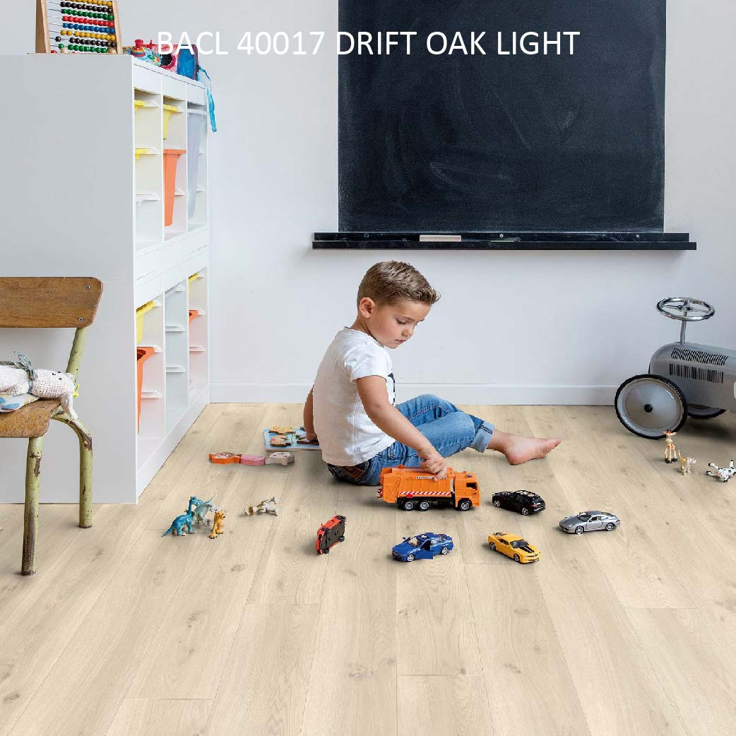 BACL40017 DRIFT OAK LIGHT