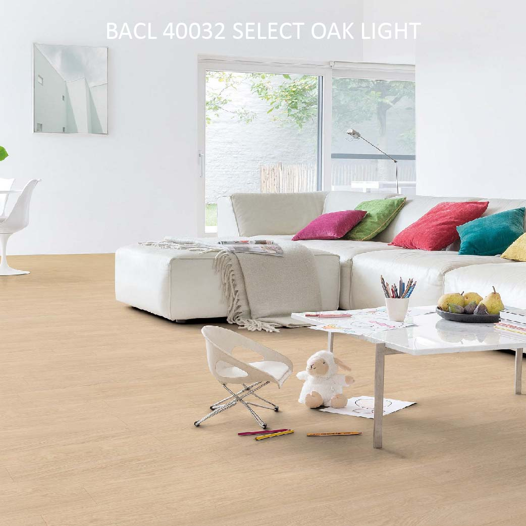 BACL40032 SELECT OAK LIGHT
