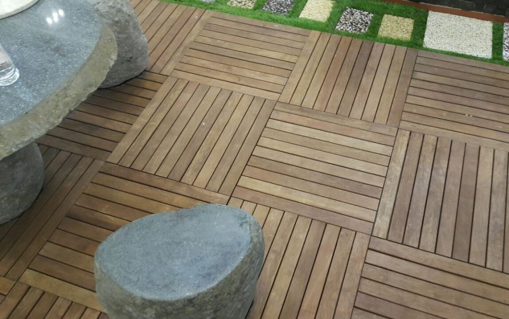 New Launch Ezdeck Natural Wood Decking Tiles For D I Y Home Enthusiasts