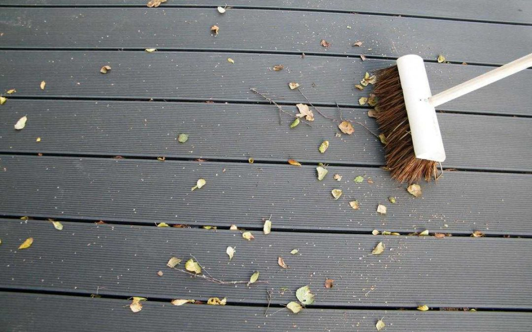 How Do We Keep Our Deck Looking Good & New?